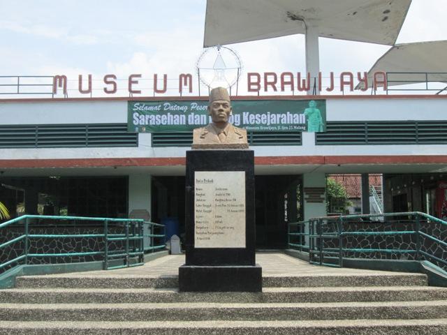 Tempat Wisata di Malang - Museum Brawijaya