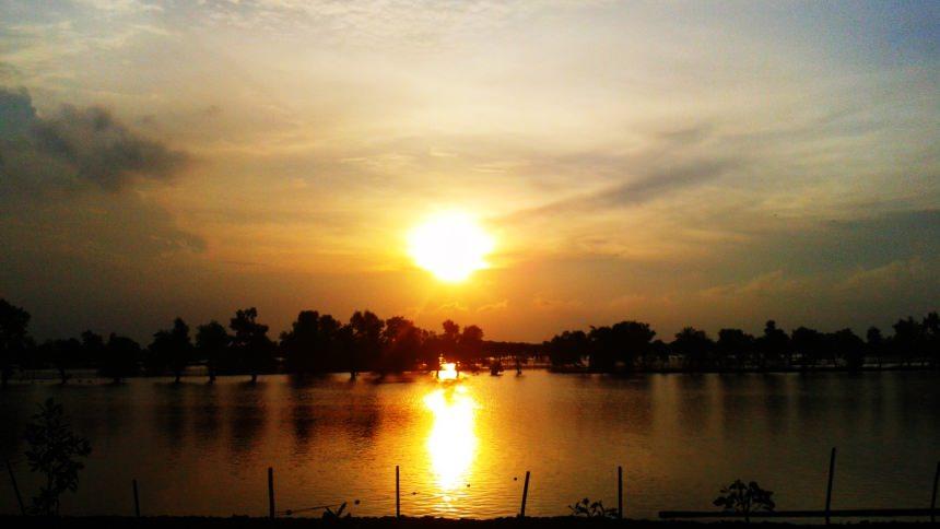 Tempat wisata di Semarang - Pantai Tirang