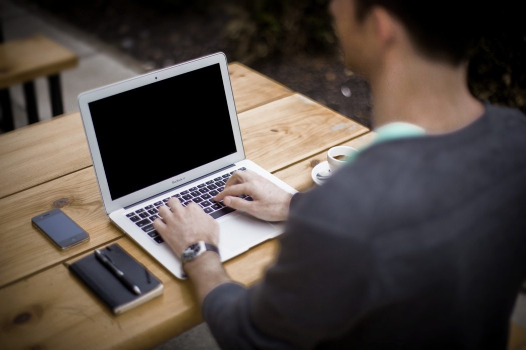 7 Jenis Kerja Online Ini Bisa Bikin Kamu Jadi Orang Kaya Raya