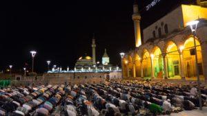 Suka Duka Bulan Puasa - shalat tarawih