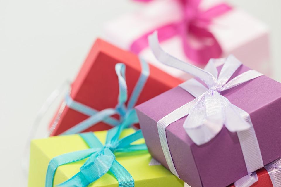 40 Hadiah Ulang Tahun Untuk Sahabat Paling Unik dan Terbaik! – Mamikos Info