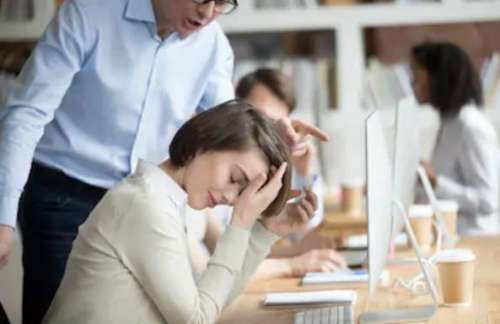 9 Tanda Jika Seorang Karyawan Akan Dipecat Dari Kerjaan