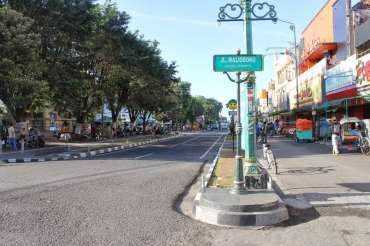 10 Infokost Jalan Malioboro Yogyakarta Cocok Untuk Liburan