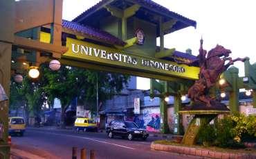 Jadwal Dan Syarat Pendaftaran Wisuda UNDIP 2020