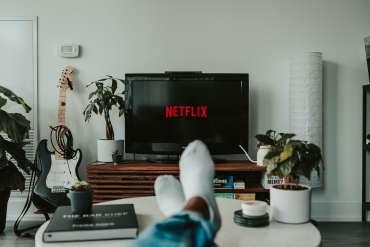 8 Daftar Film Netflix Serial yang Akan Tayang Juli 2020