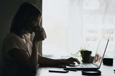 Mengenal Apa Itu Kerja Remote, Kekurangan dan Kelebihannya